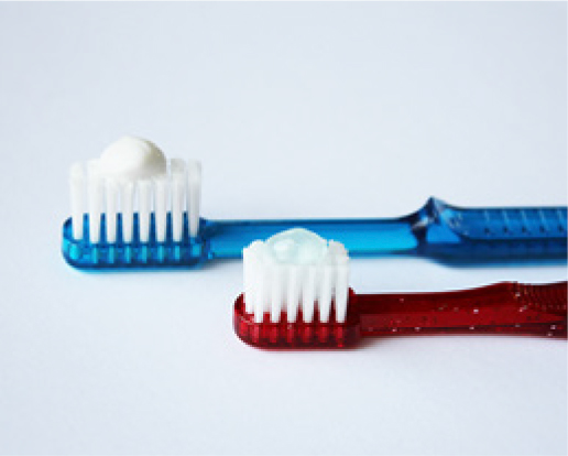 You only need to use a small pea-sized amount of toothpaste.