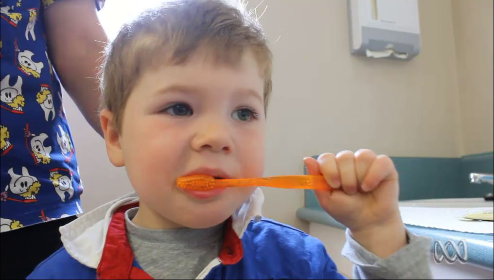 ABC Radio Melbourne - How to clean a toddlers teeth